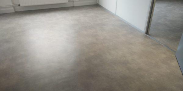 peinture-sol-bureau-blanc-par-steph-deco-orleans-1