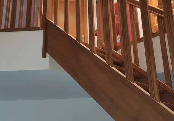 cage-escalier-parement-et-escalier-checy-5